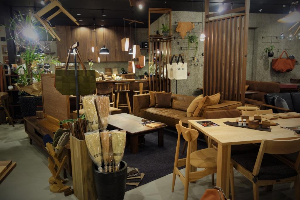 SOLID金沢、無垢材、家具、新築、リフォーム、富山、ミヤモト家具、ソファ、TVボード、ダイニング、オーダー (4)