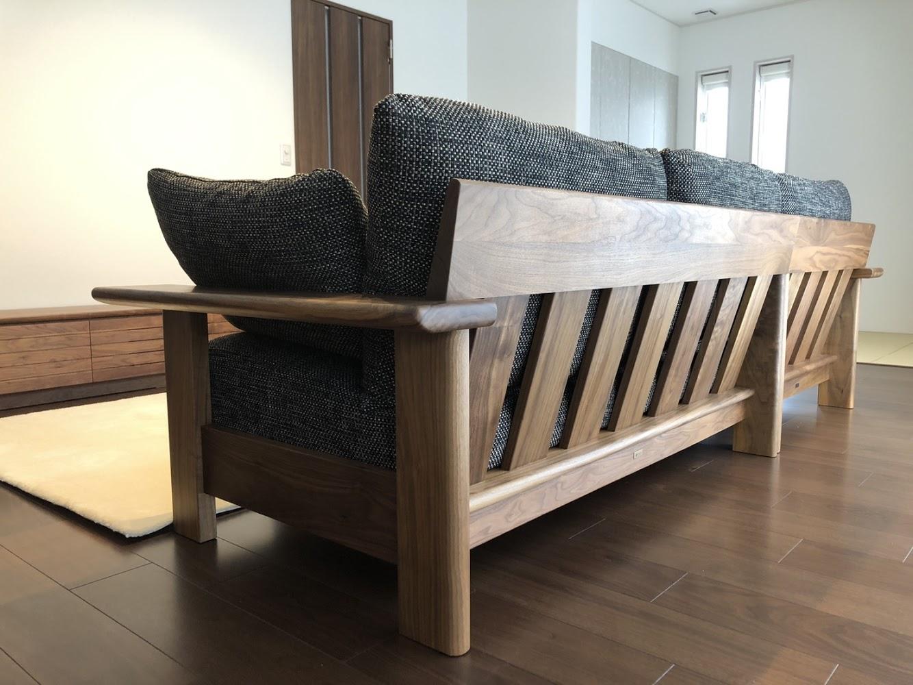 SOLID金沢、ミヤモト家具、無垢材、ソファ、カバーリング、木製ソファ、カウチ