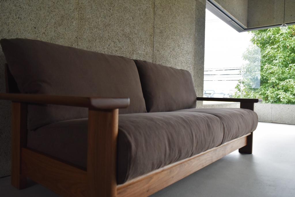 SOLID金沢、ミヤモト家具、無垢材、ソファ、カバーリング、木製ソファ