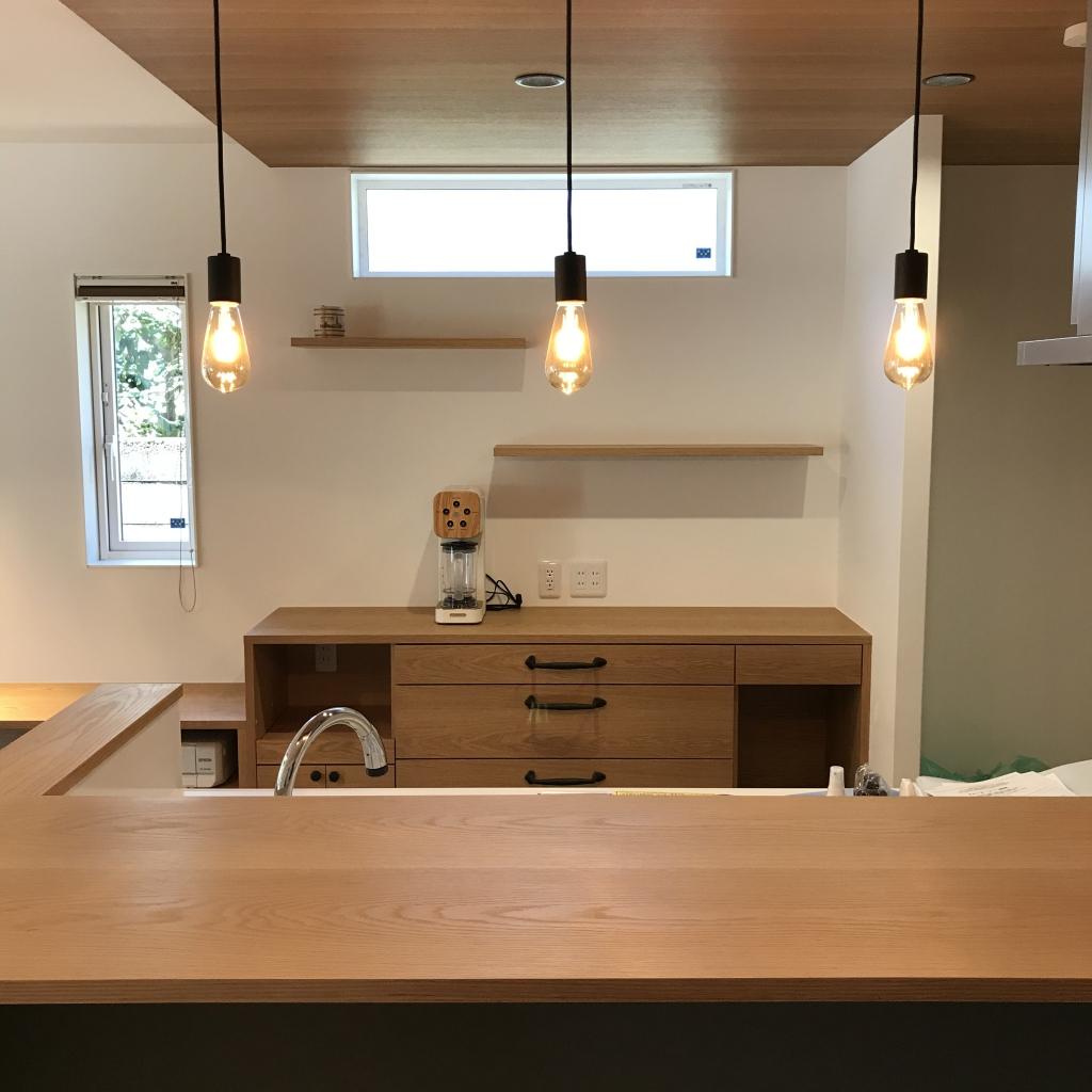 SOLID金沢 富山 天然木 ミヤモト家具 造作 食器棚 カウンター