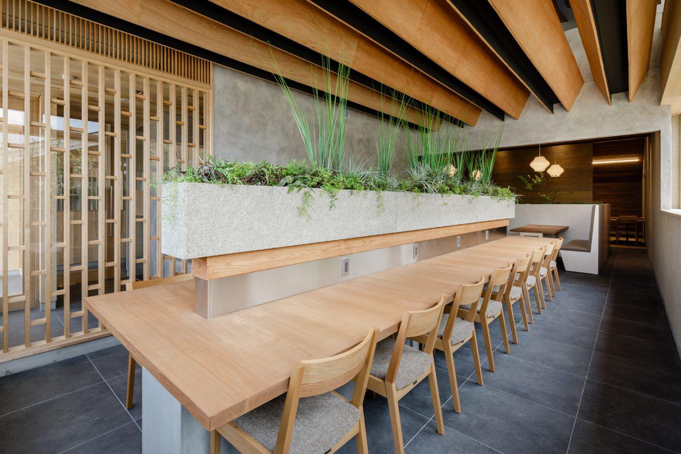 SOLID富山 店舗 家具4