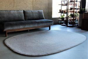 local woolen rug round (5)