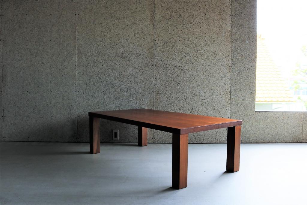 SOLID金沢、富山、無垢材、家具、ウォールナット、リビングテーブル、センターテーブル①