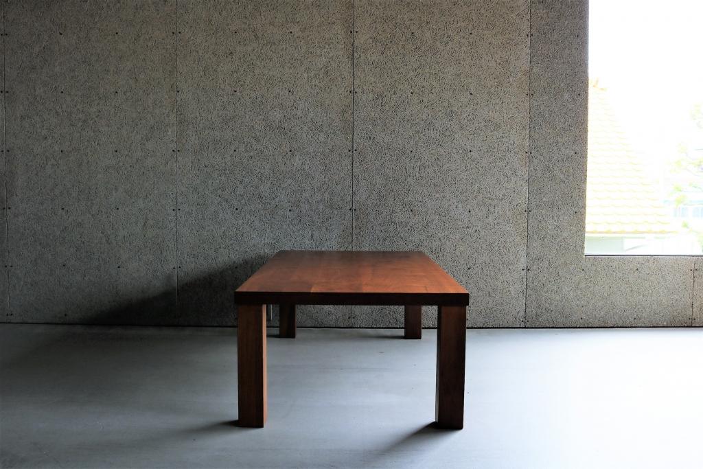 SOLID金沢、富山、無垢材、家具、ウォールナット、リビングテーブル、センターテーブル②