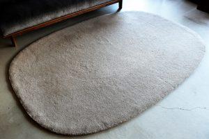 local woolen rug round (2)